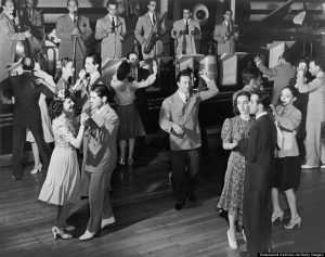 Couples dancing to the Dolly Dawn band at the Roseland Ballroom, New York, New York, 1941. (Photo by Irving Kaufman/Underwood Archives/Getty Images)